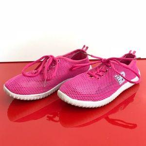 VB kids size 3 sneakers
